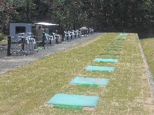 打球練習場の芝張り替え